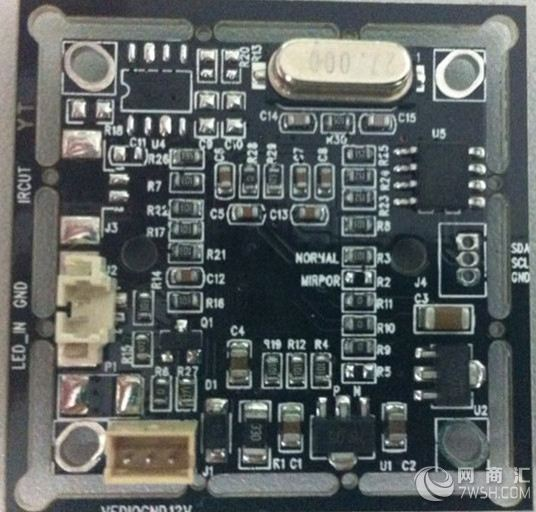 彩色cmos板-700线pc7030韩国 高性价比机板