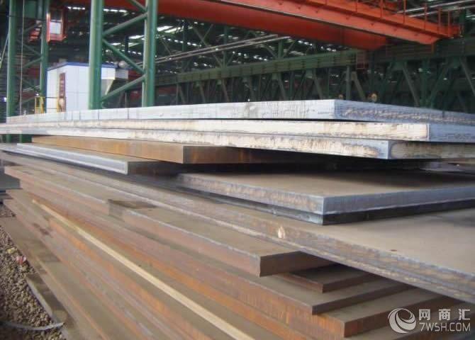 厚板按用途又分造船钢板,桥梁钢板,锅炉钢板,高压容器钢板,花纹钢板