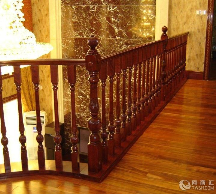 【雅林实木楼梯提供优质的服务