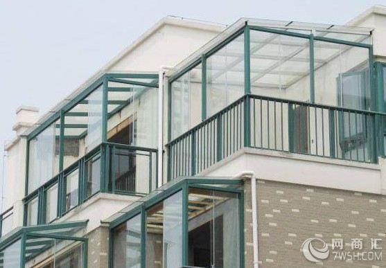 阳光房的组成结构:组成:钢结构