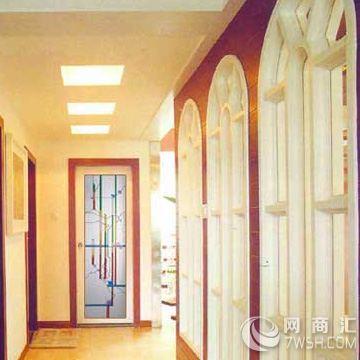 八角复古木质窗户