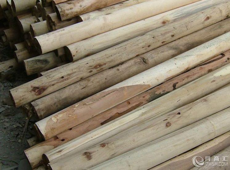 公司长期大量回收进口及国产新/旧/废木制纤维板/刨花板整料及余料。大量收购新旧原木,原木木芯,废旧木材,旧木头,旧厂房拆迁回收旧木头;旧集装箱,旧木托,以及各种废旧木材。回收新旧木头,废木头,水曲柳,桦木,枫木,榉木,椴木,槐木,榆木,杨木,洋槐木,旧楼板,旧厂房,木头,废木头,槐木,榆木,杨木,洋槐木,塑胶板,木地板,复式地板,实木地板,方木 ,圆木 ,枕木 ,竹胶板 ,跳板,旧木材,旧木方,二手废旧夹板,废旧卡板,模板,工地柴等;诚信经营,上门回收,代清理各在工地,厂地的物料,欢迎您的来电!