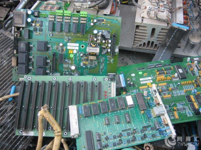 电子元器件回收,电脑电路板回收,ups电源回收,电瓶回收