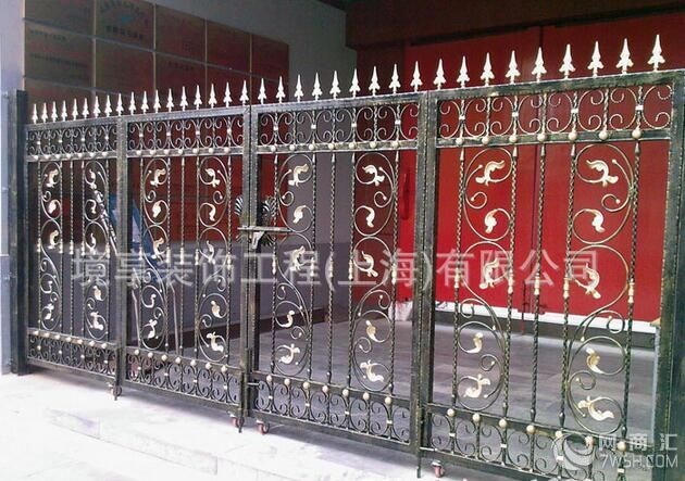 欧式铁艺大门 别墅庭院设计绿化