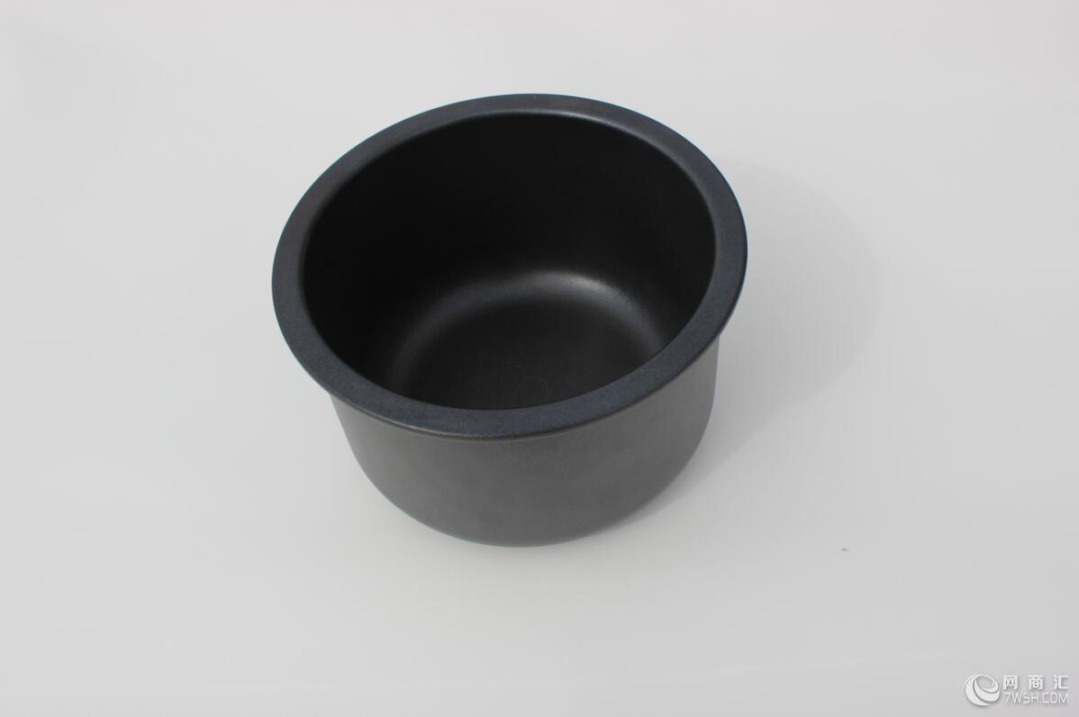 一、产品概述:  我公司的石墨产品为低碳环保绿色用品,是用石墨为原材料制作而成,石墨含99.99%的碳,石墨是由碳原子组成的,碳是人体组成结构中最主要的元素之一,是生命世界里最纯净的材料。用石墨制成的生活用品,对人体具有很好的改善和保健作用。石墨经加热后释放出来的远红外线能够增强机体功能,可以有效预防各种疾病的发生,对改善血液循环,特别是改善微循环系统有着显著的功效,对因微循环系统紊乱引起的高血压、心血管疾病、肿瘤、关节炎、四肢冰冷麻木等症状有着很好的改善和调节作用,可以提高人体的免疫功能,调节血液的酸碱